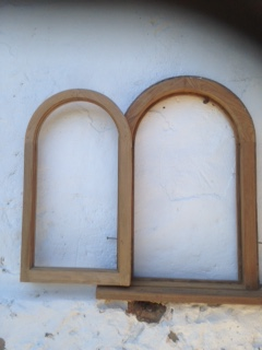 BURMESE TEAK arched window 1084