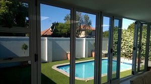 Solar e glass in folding doors small