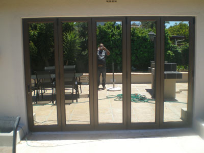 Sliding Door Tableview